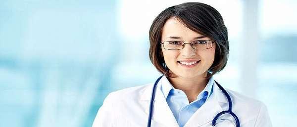 Женщина доктор