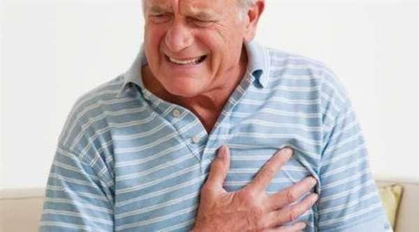 Характеристика болей справа, где сердце, какие меры стоит принять в первую очередь?