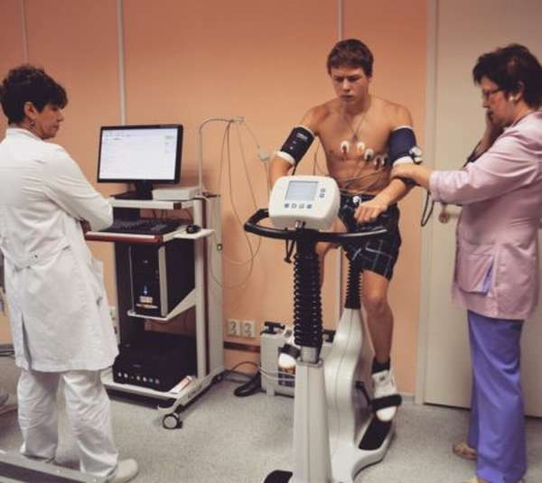 Отличия норм ударов сердцебиения в минуту у женщин и мужчин