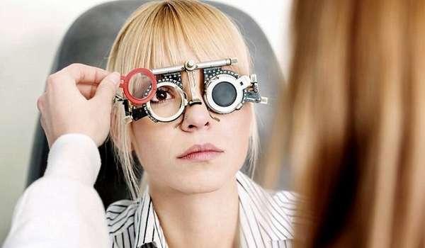 Очки или операция. Как лечить косоглазие