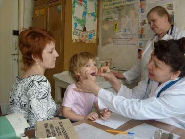 Основные причины появления заболеваний сердечно-сосудистой системы у детей, симптомы, признаки и лечение