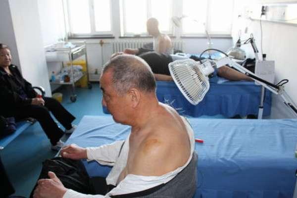 Можно ли проводить сеансы иглоукалывания людям для реабилитации после инсульта?