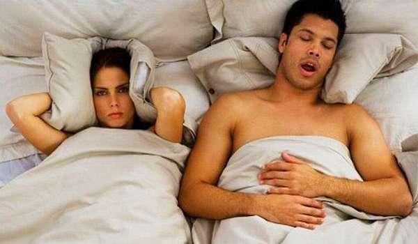 Неприятные последствия - ночной храп из-за аденоидов