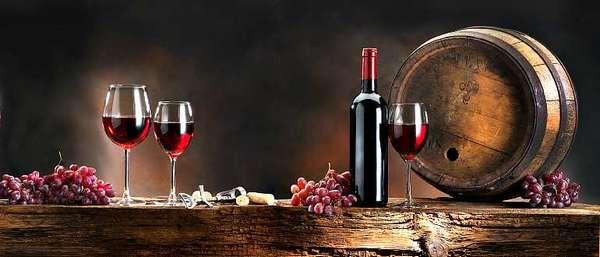 Вино, в стакане, бочке, бокалах