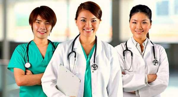Тайские врачи