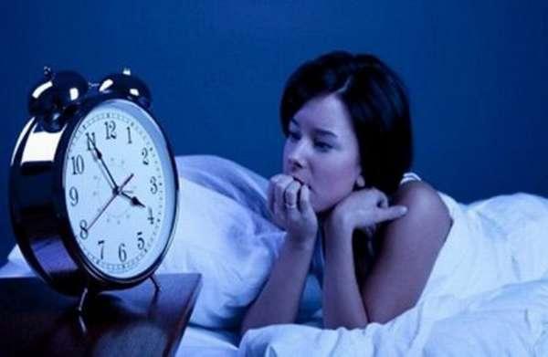 Причины сильного сердцебиения по ночам: степень опасности для здоровья