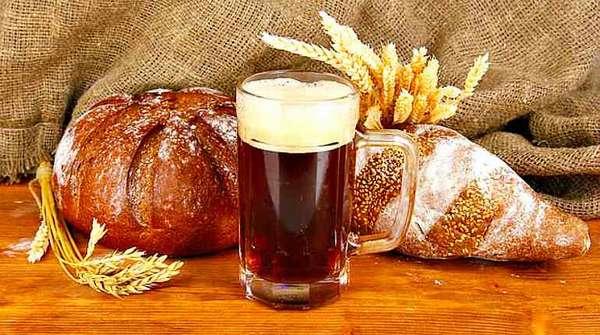 Пшеничный квас и хлеб