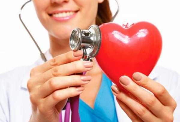 Почему сердцебиению 100 ударов в минуту нужно уделить внимание, что делать и как себя вести?