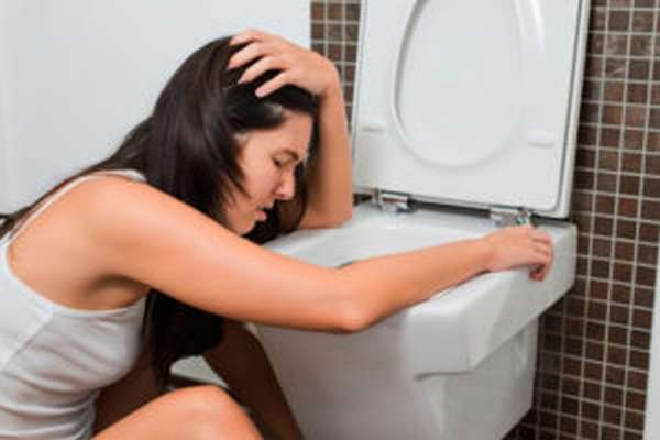 Рвота - симптом пищевого отравления